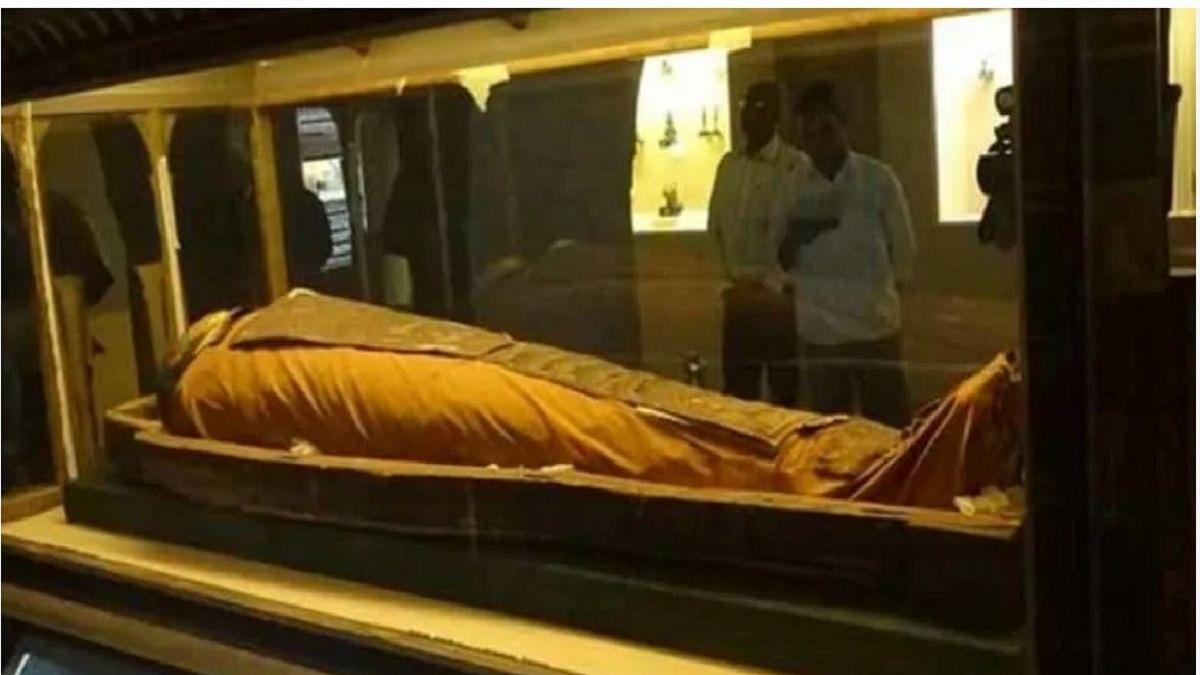 2,400-yr-old mummy in Jaipur enjoys fresh air after 130 years