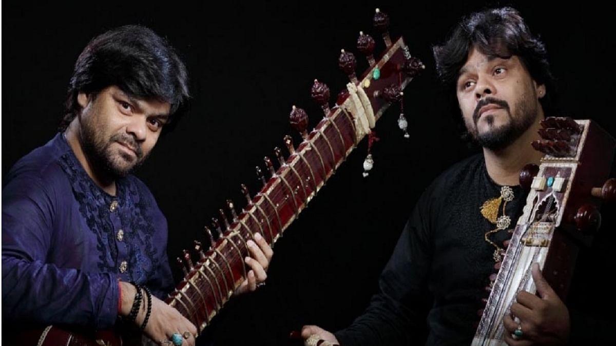 Twin brothers Murad Ali Khan (sarangi) and Fateh Ali Khan (sitar) (Photo Courtesy: IANS)