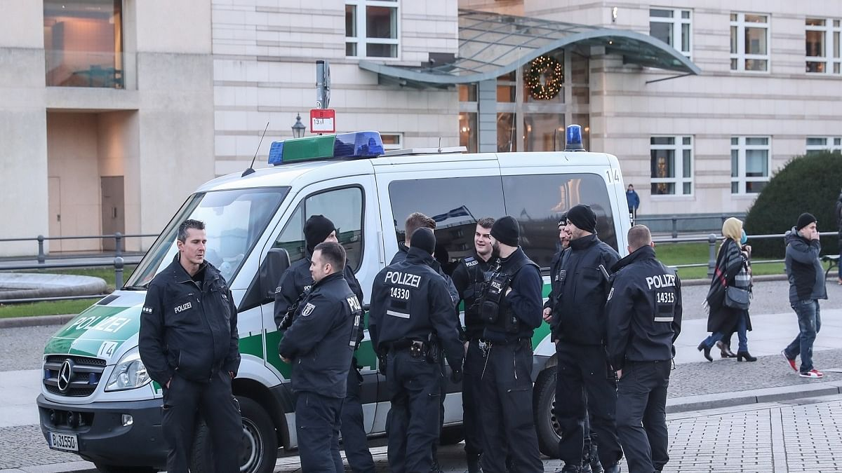 300 arrested in German 'anti-coronavirus' protests