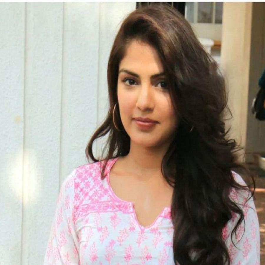 Actress Rhea Chakraborty (Photo Courtesy: IANS)
