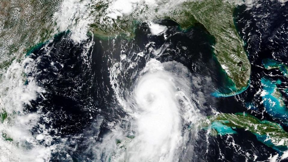 US: Laura strengthens to Category 4 hurricane, threatens catastrophic storm surge