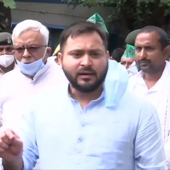 LIVE News Updates: Govt has made our 'anndaata' a puppet through its 'fund daata', says Tejashwi Yadav