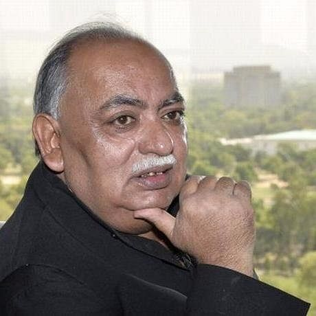 UP: Poet Munawwar Rana's daughters put under house arrest   for protesting against Yogi govt