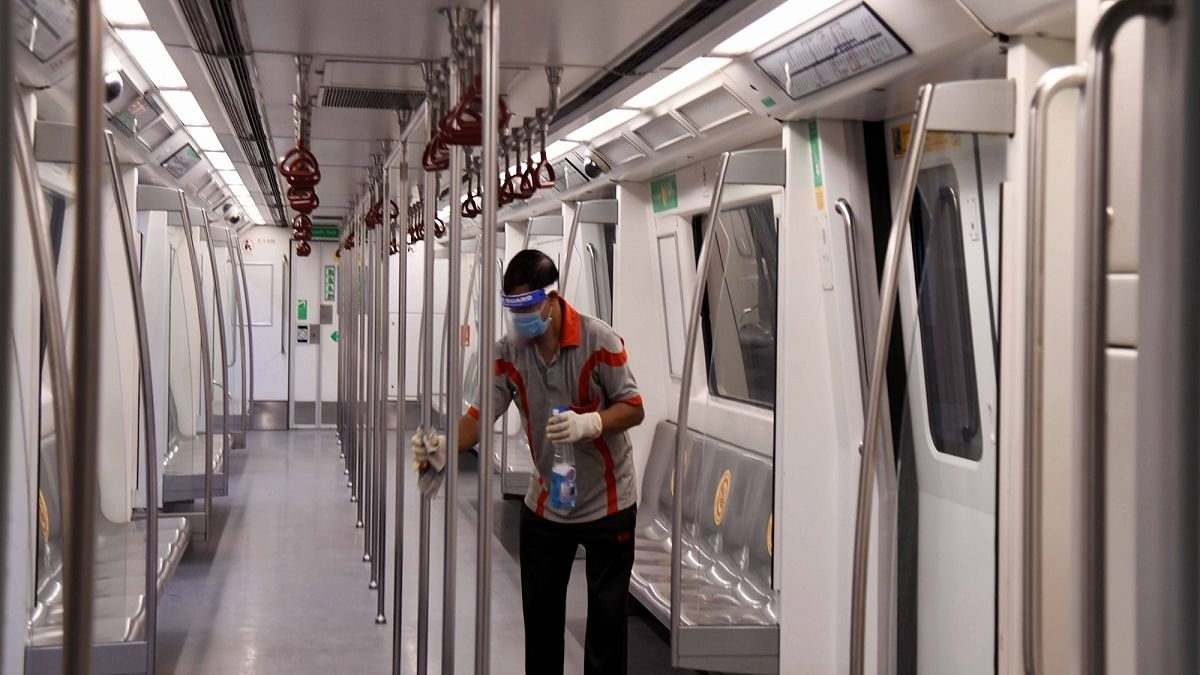 DMRC urges commuters to 'talk less', 'break the peak' during travel