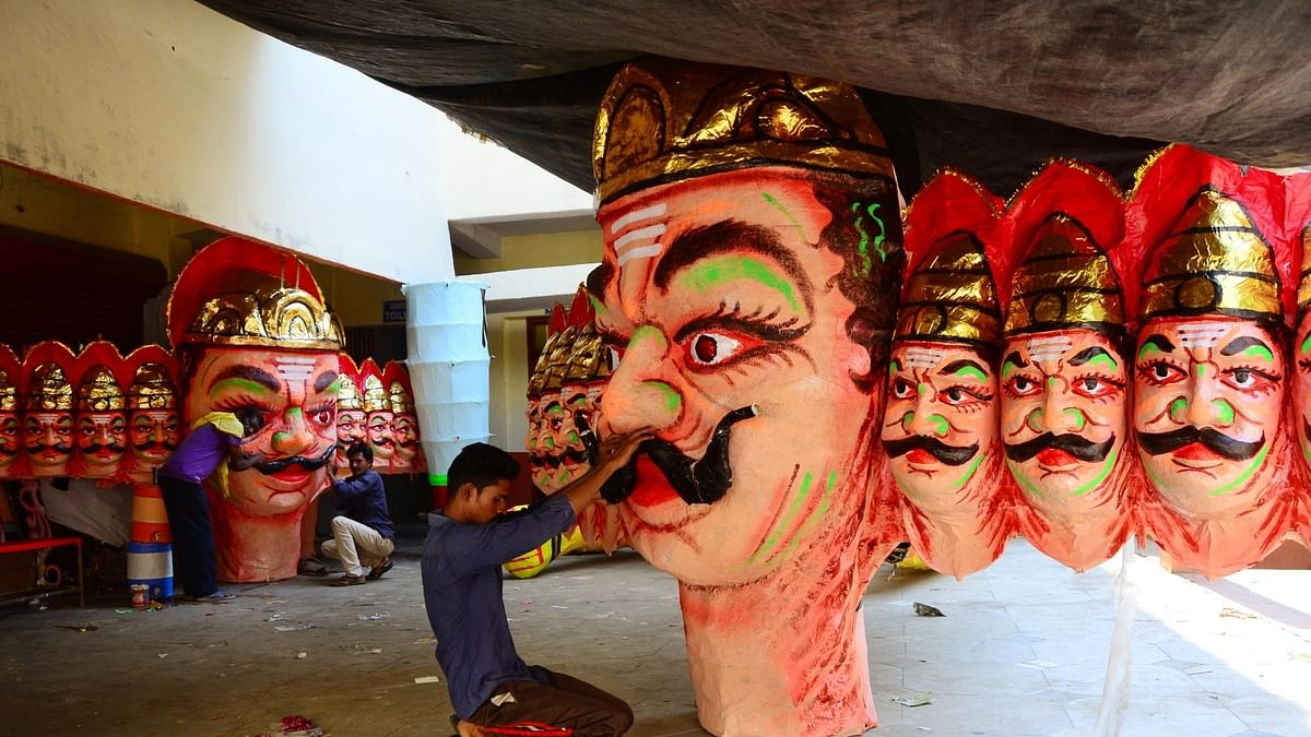COVID-19: With Dussehra drawing nearer, artisans stare at penury as no buyers for Ravana effigies
