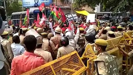 Samajwadi Party workers stage protests against Yogi govt