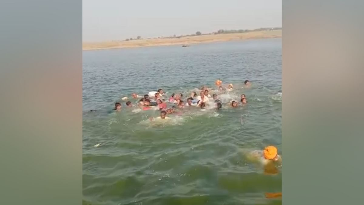 Boat capsize in Rajasthan's Chambal, 14 missing