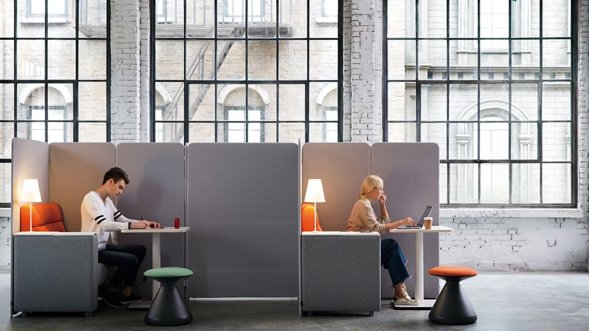 Office furniture in time of COVID-19 pandemic: Box yourself in hygiene Square Series