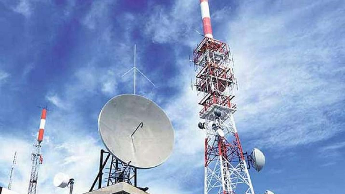 Reliance Jio, only telecom company to register gains as BSNL, Airtel, Vodafone lose users