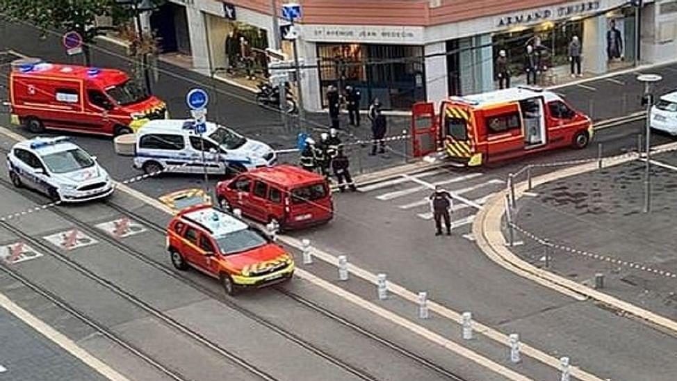 Over 100 prominent citizens condemn Paris beheadings; deplore Muslim religious, political leaders' statements