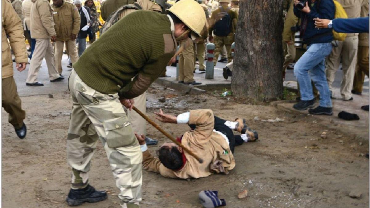 Policemen brutally beating people