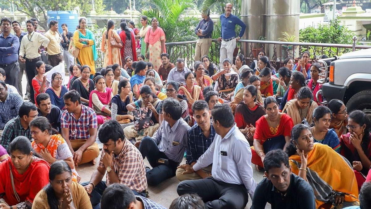 Now NDMC run Kasturba Hospital doctors to go on strike over unpaid salaries