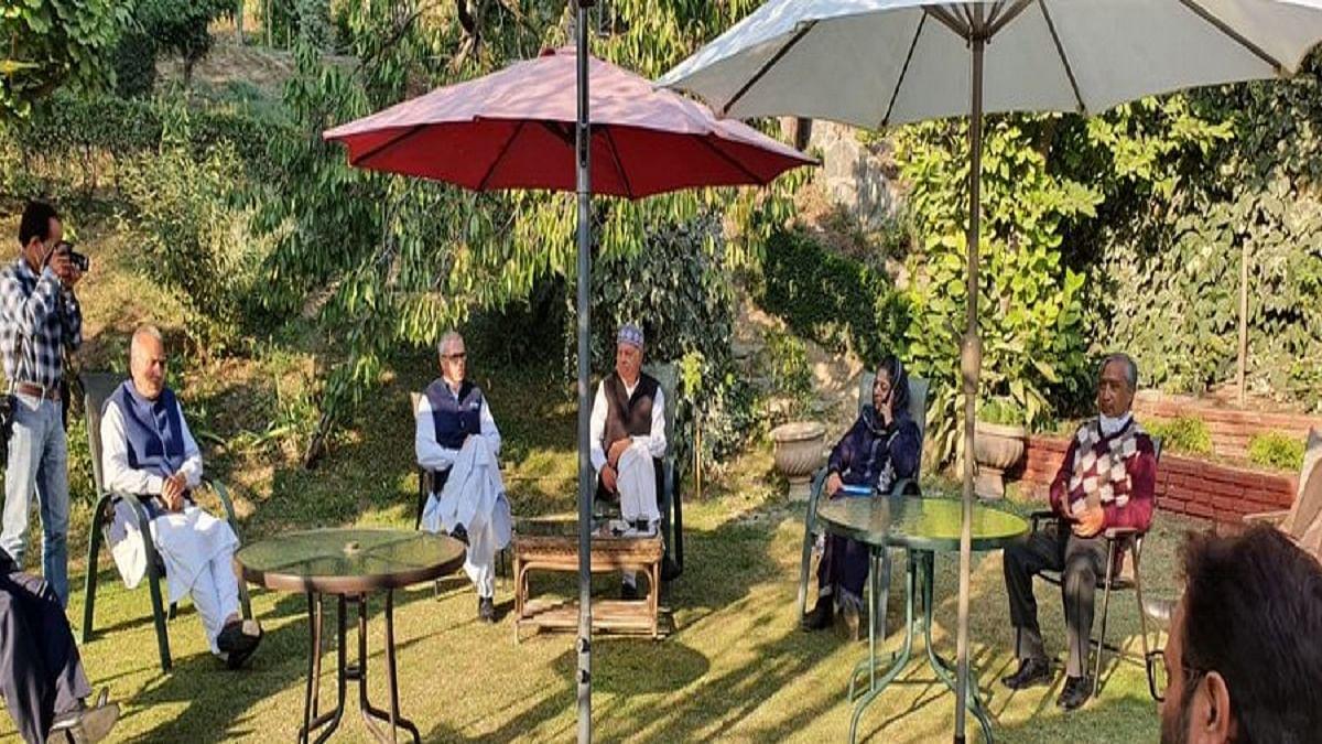 Kashmir's new political alliance sets agenda for restoration of Article 370