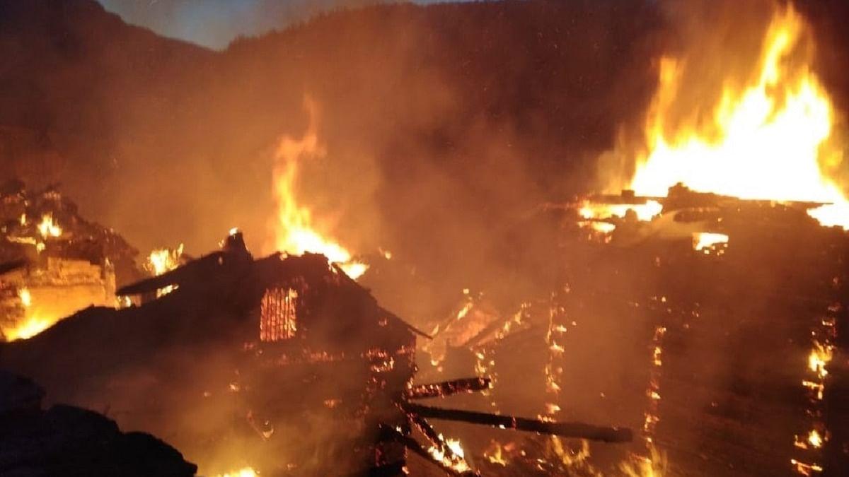 Bihar: Massive fire burns records at Patna's Secretariat, RJD cries foul