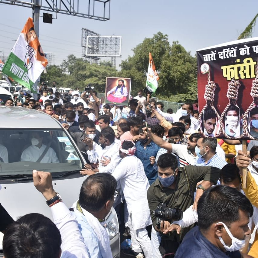 LIVE News Updates: Rahul and Priyanka stopped at Yamuna Expressway, start walking towards Hathras