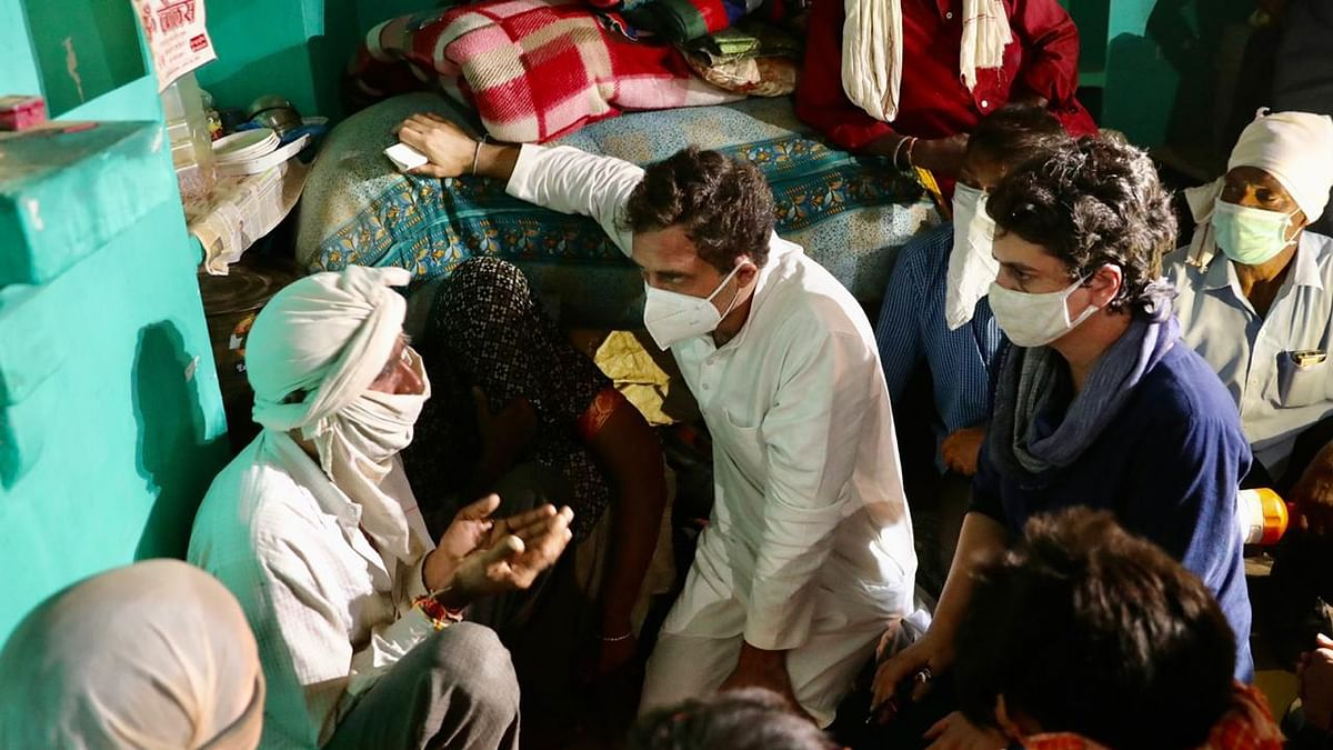 WATCH: Rahul, Priyanka  travel to Hathras, meet victim's family