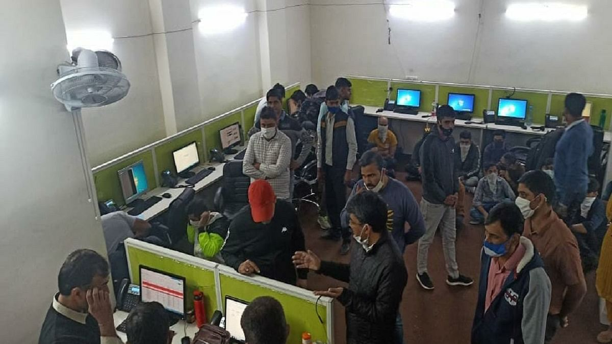 Fake call centre targeting foreigners busted in Delhi, 17 held