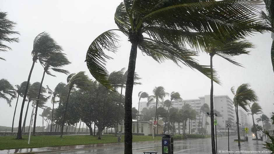Scientists devise novel method for early detection of tropical cyclones