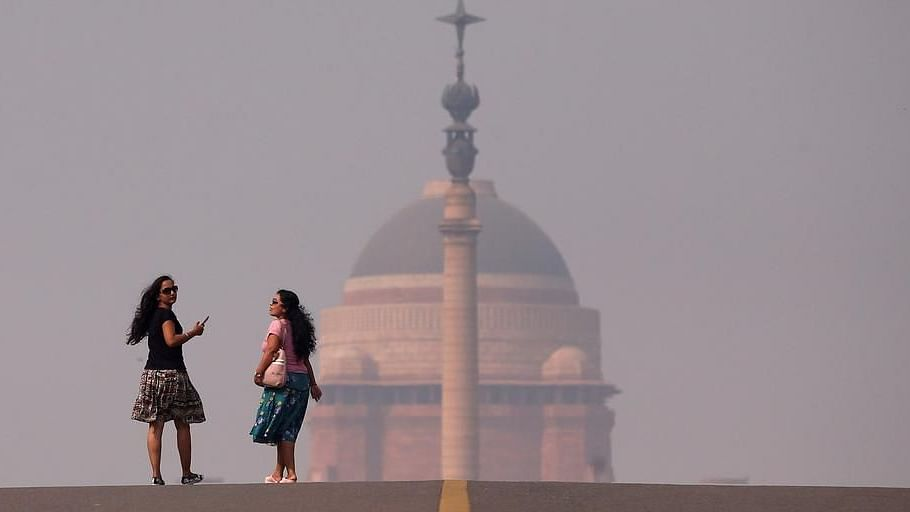 Rain, gusty winds bring pollution levels down in Delhi-NCR