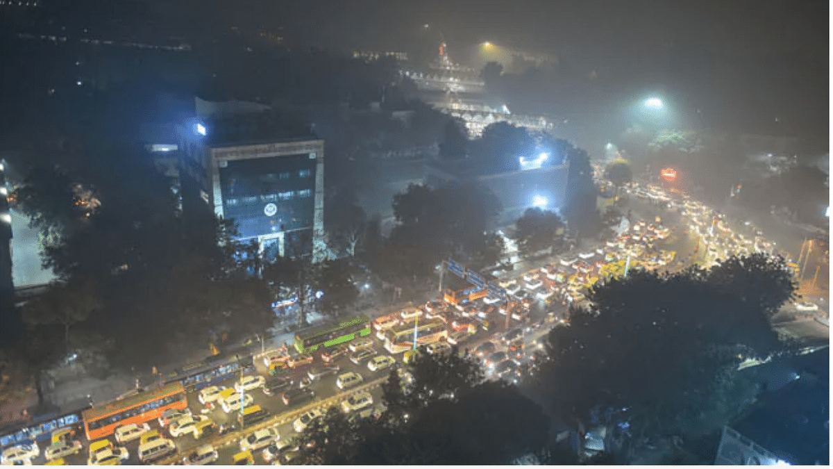 "On Diwali night, Air quality in Delhi-NCR turns ""severe"""