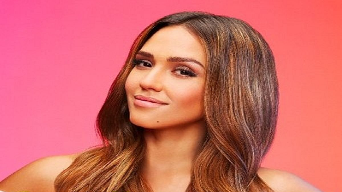 Jessica Alba: Important for men to see that women aren't just one note