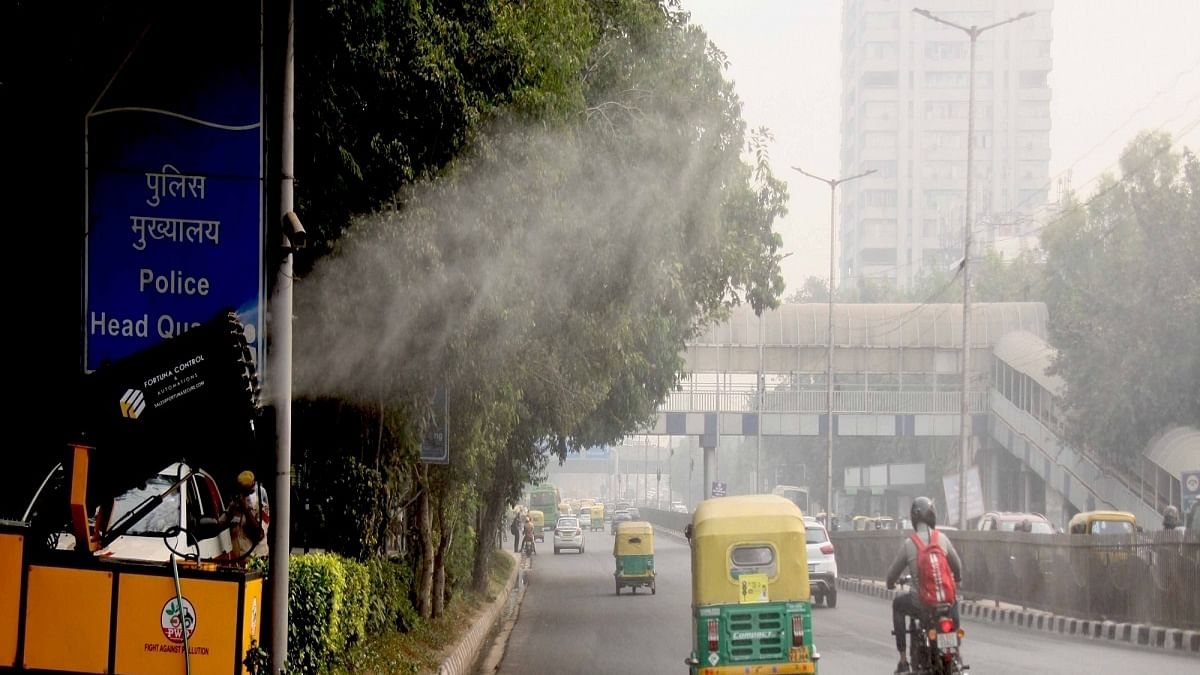 At 42%, stubble burning's share in Delhi pollution soars to season's high