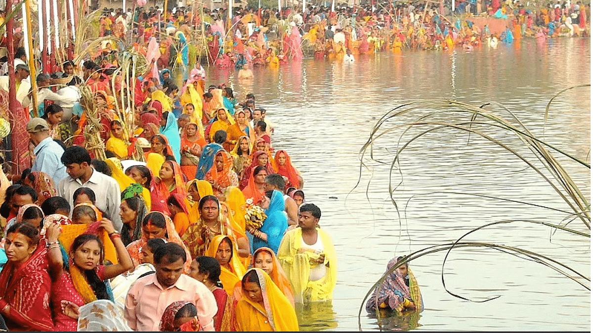 Jharkhand govt bans Chhath puja celebrations along waterbodies