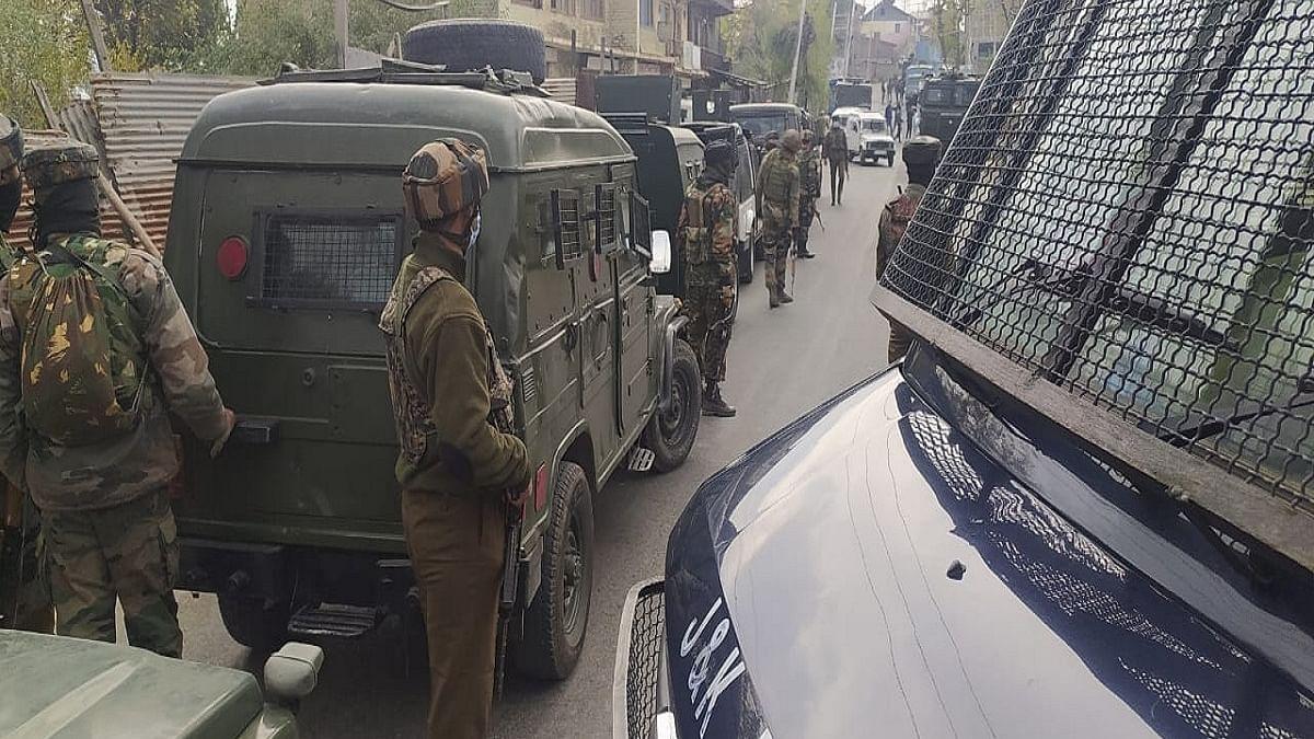 Top Hizbul commander, soldier killed in encounter in JK's Doda