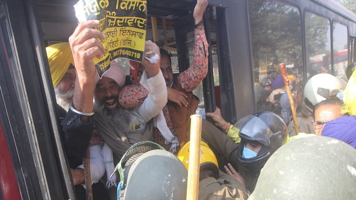 Bharat bandh: Shutdown in Opposition-ruled states, BJP governments use force to crush Constitution Day protest