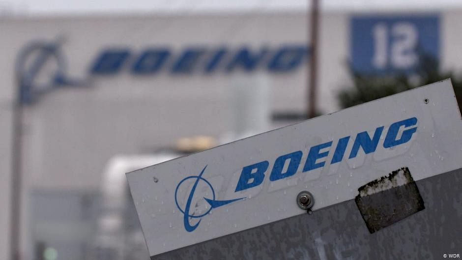 Boeing: 777s with engine that blew apart should be grounded