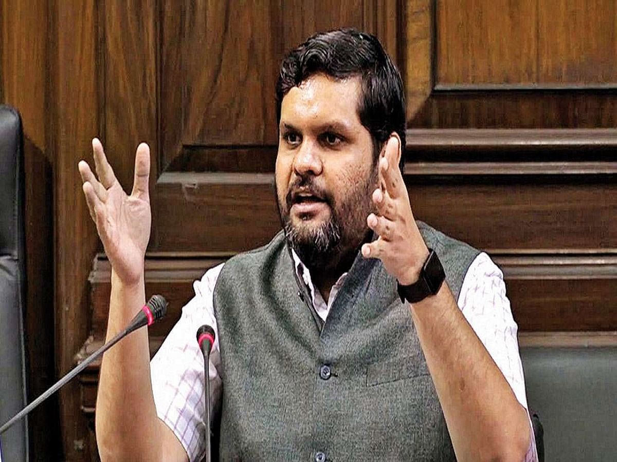 Modi govt purchased crude oil worth Rs 5701 crore from firm owned by fugitive Sandesara brothers: Congress