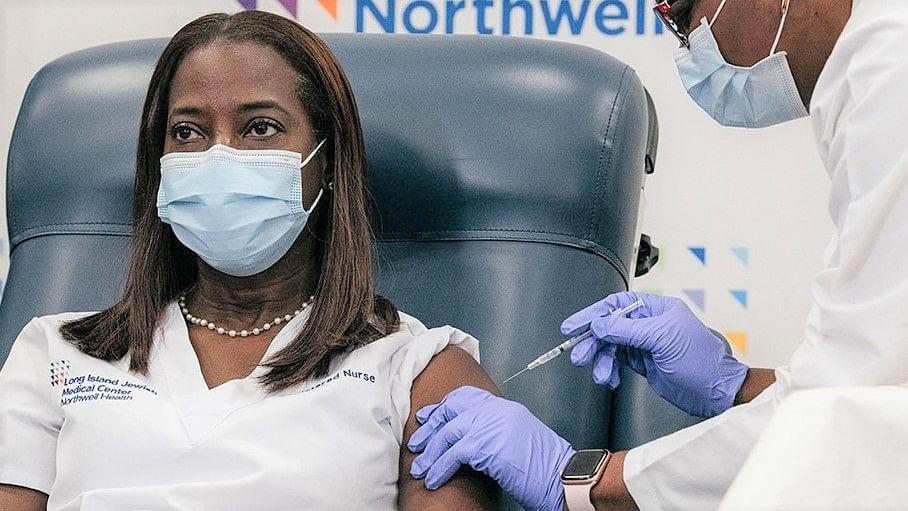 US nurse tests positive 8 days after receiving Pfizer shot