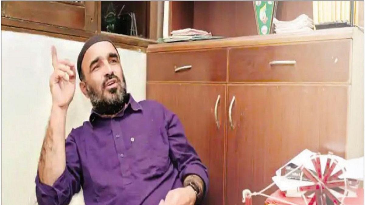 Incredible Uttar Pradesh: Khudai Khidmatgar convenor in jail for offering Namaz in temple