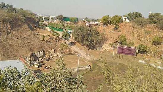 Gurugram: Illegal farmhouses on Aravalli to be demolished soon