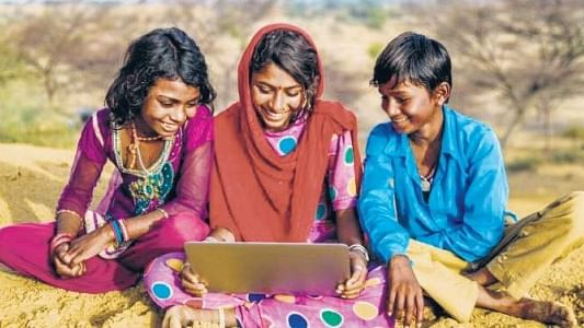 So much for Digital India: Only 42.6 % of women, 62.16 % men have ever used Internet, finds govt survey