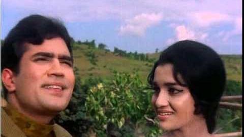 Asha Parekh recalls working with Rajesh Khanna: Never seen stardom like his!