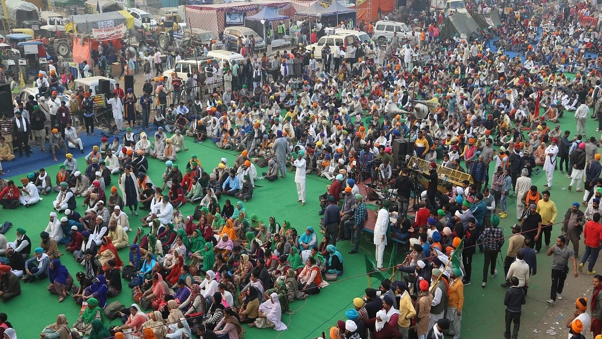 Will take over toll plazas, bang utensils during 'Mann ki Baat': Farmers