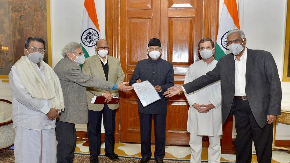 Talks between govt, farmers deadlocked; led by Congress, Opp leaders meet President, seek repeal of laws