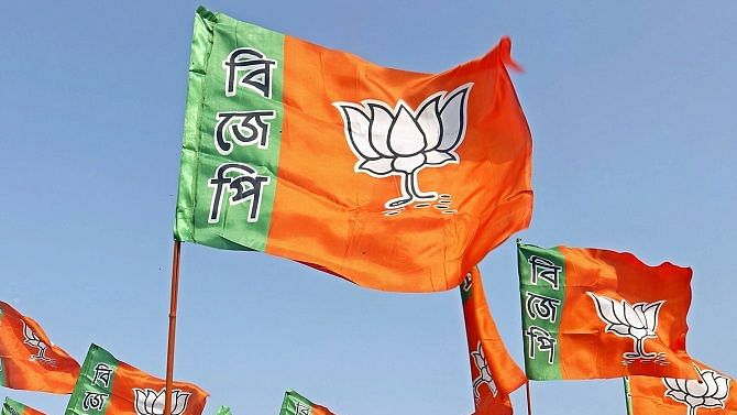 West Bengal: Seeds of discontent in  BJP as turncoats join saffron fold