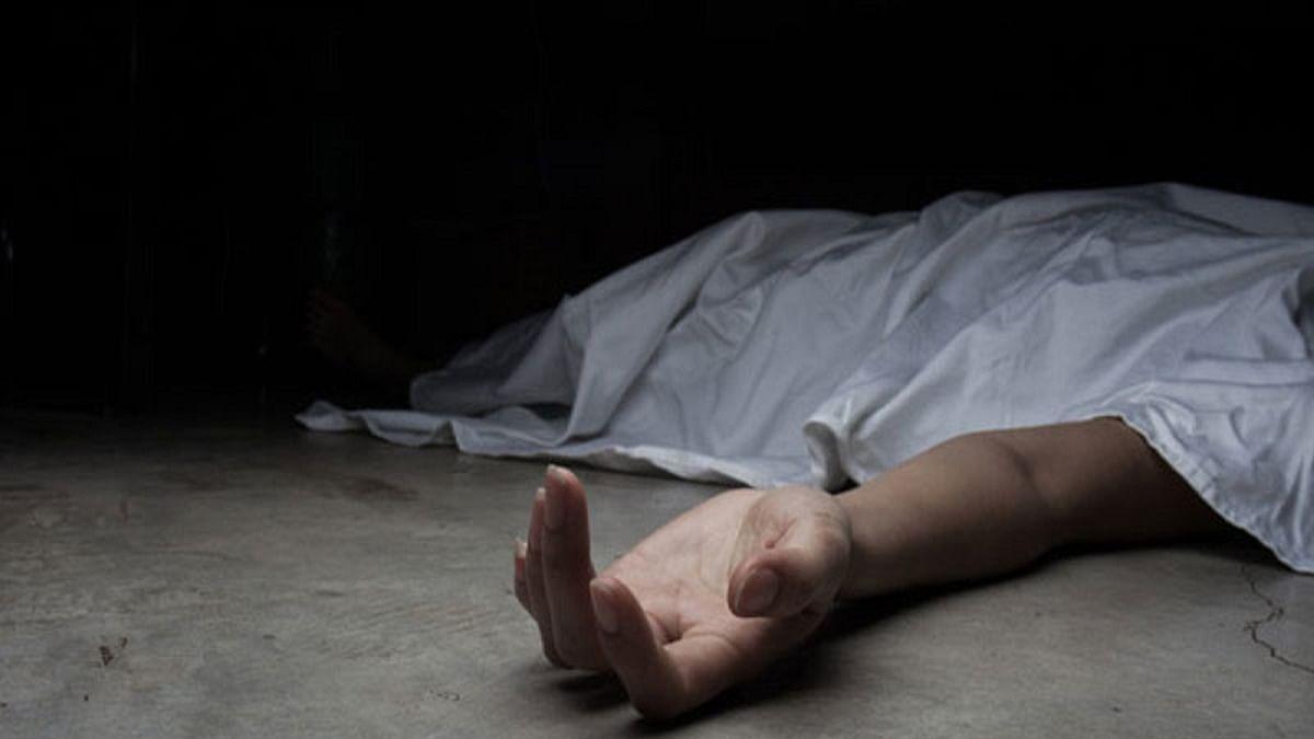 Protesting farmer shoots himself dead at Singhu border