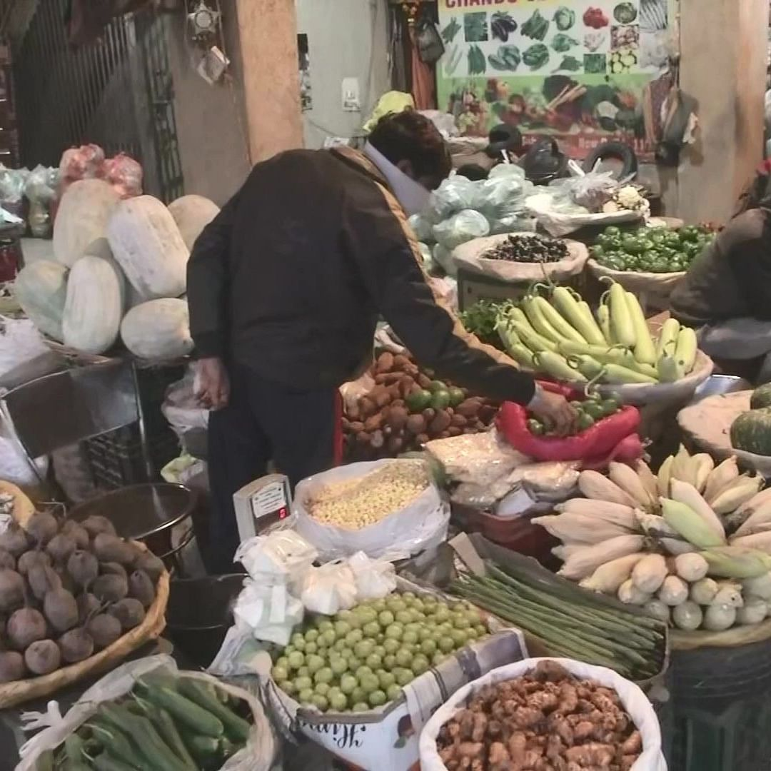 LIVE News Updates: Spike in vegetable & fruit prices due to farmers' agitation
