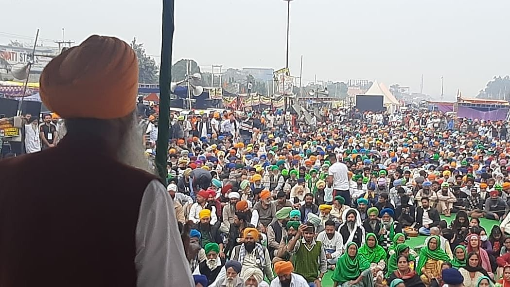 Farmers consider expanding protests to 'pan-India' scale; set to block Delhi-Jaipur highway tomorrow