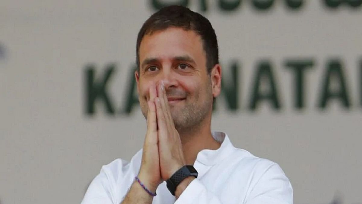 Why does the Government end up accepting every suggestion given by Rahul Gandhi?