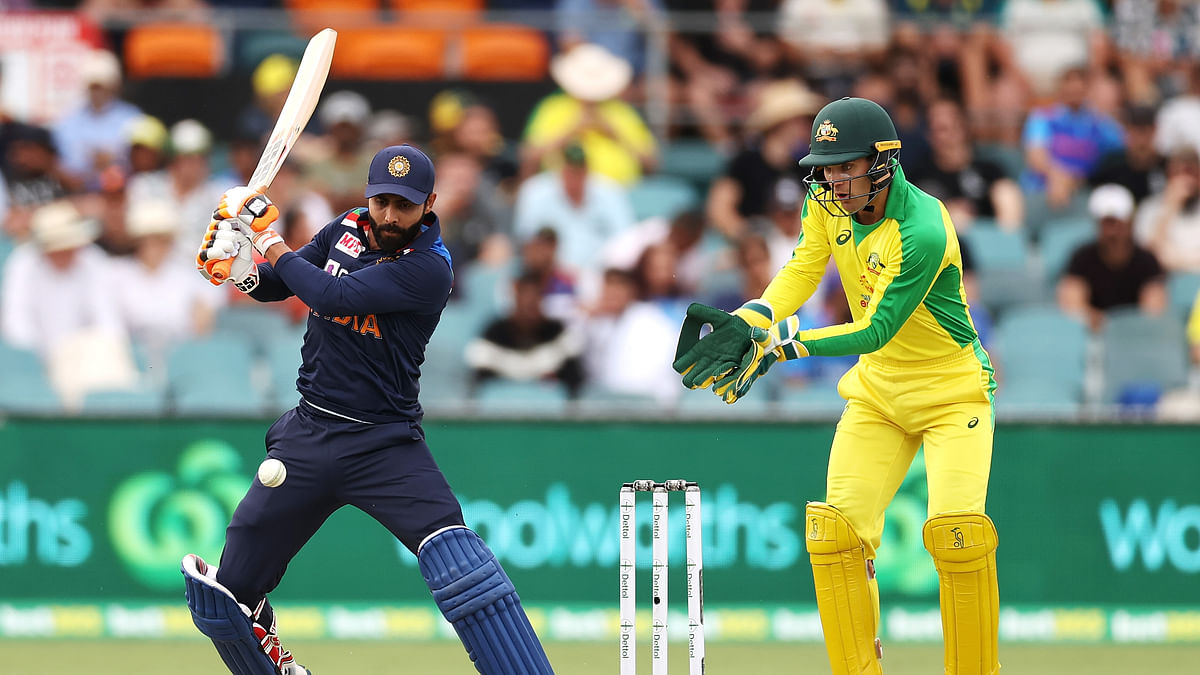 Pandya and Jadeja take India to 302/5 after Kohli's fighting half century