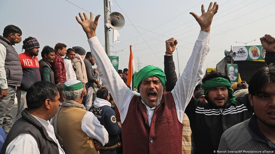 Farmers' movement is a ray of hope in these tough times