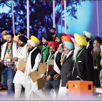 Farmers' leaders emerging from Vigyan Bhawan after a meeting with the government panel