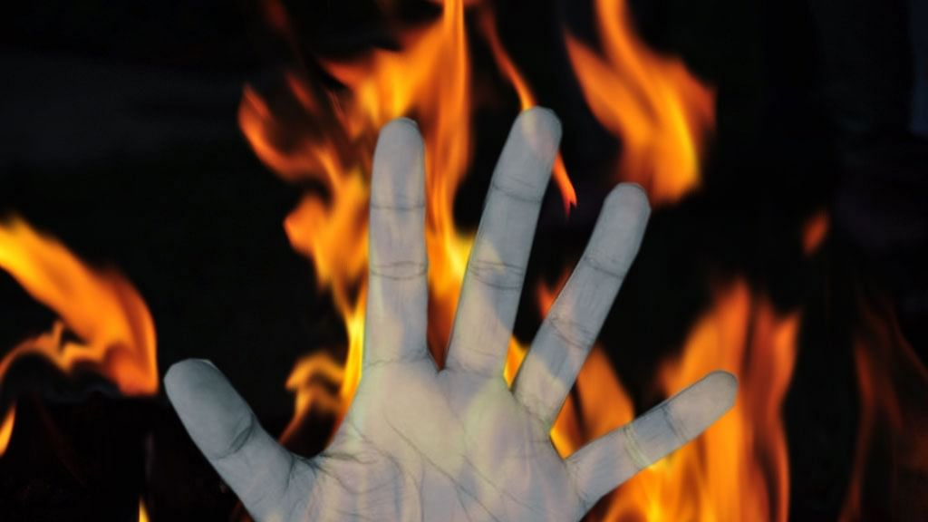 Two farmers die in fire in UP district
