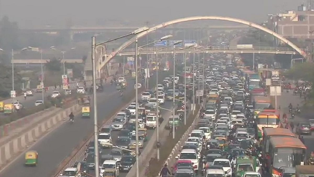 Commuters face hardships due to traffic restrictions on key routes in Delhi
