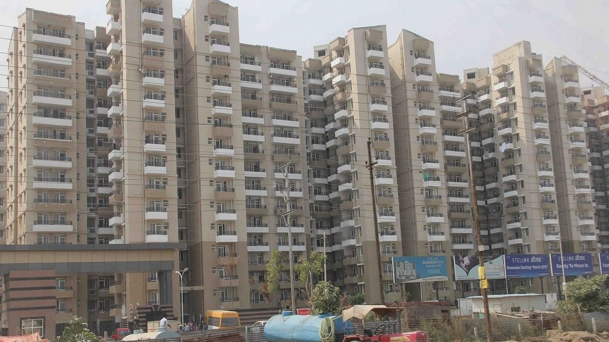 Unsold housing in Noida, Greater Noida down 12% in 2020: Anarock
