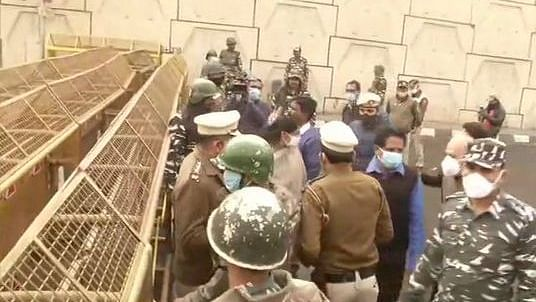 Group of opposition MPs not allowed to reach Ghazipur farmer protest site: SAD MP Harsimrat Kaur Badal